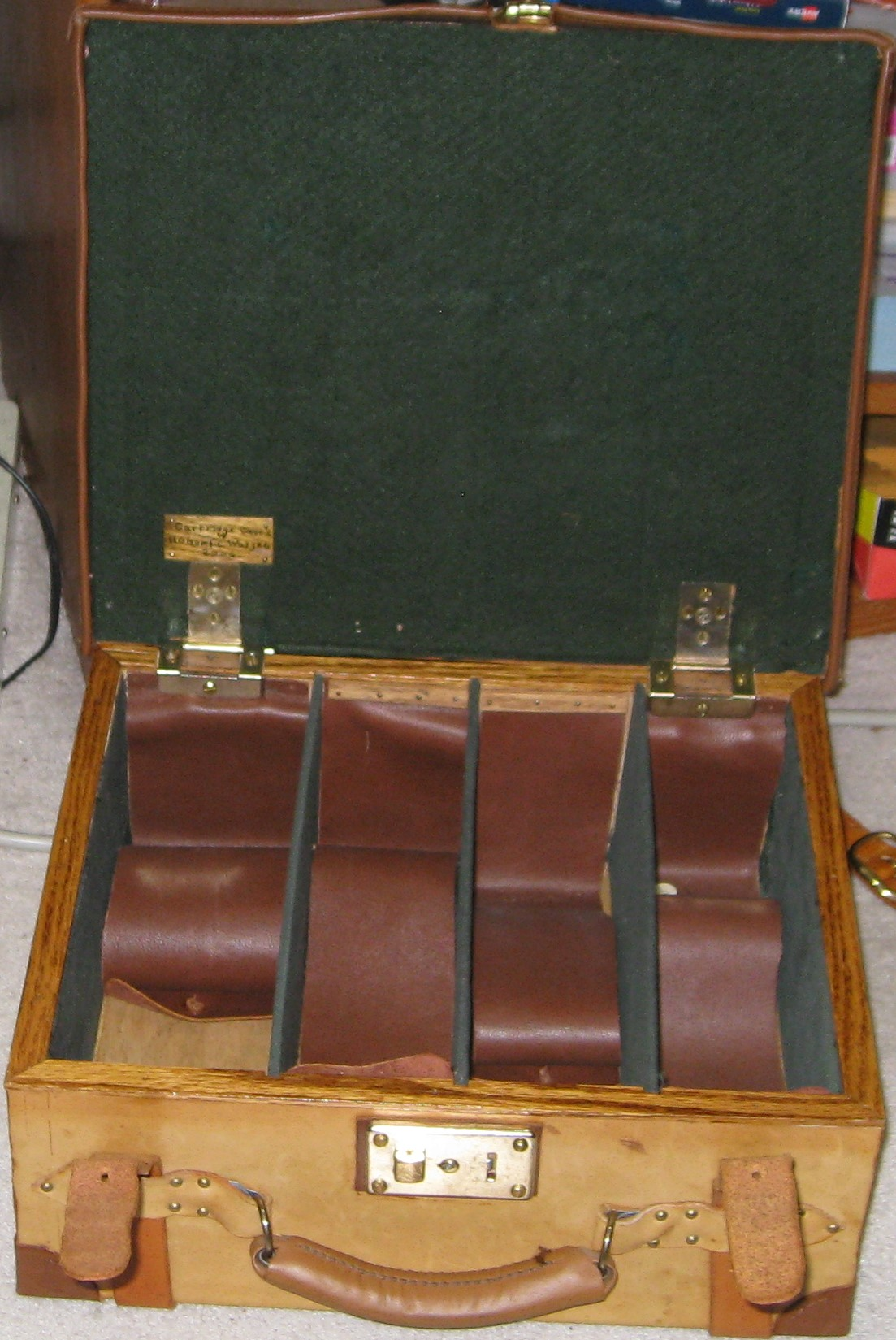 Image for VINTAGE LEATHER SHOTGUN CARTRIDGE MAGAZINE CASE -